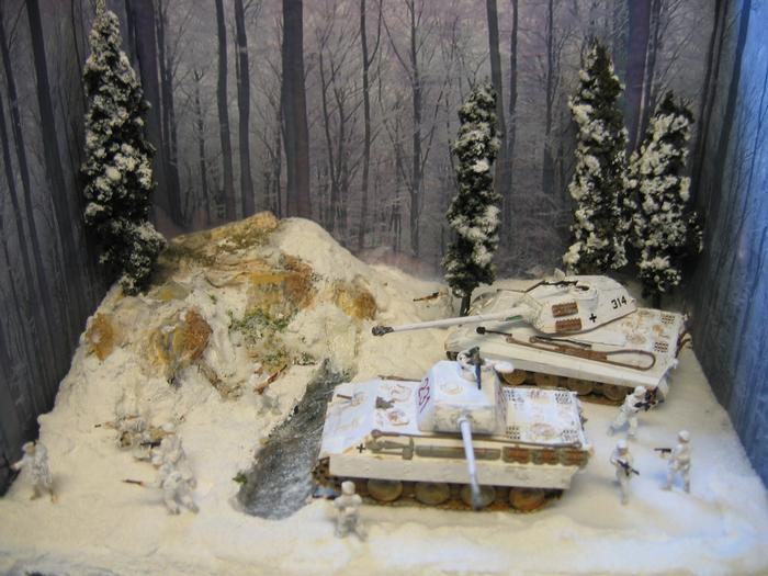 Modeling the Battle of the Bulge Success Story - School Project - How To Diorama - School Display